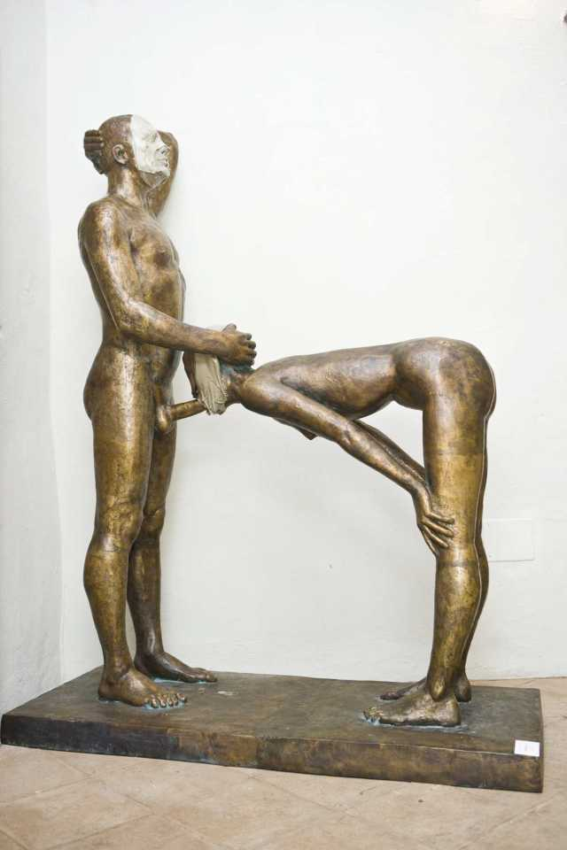 dolgopov-scultura-from-politicamente-corretto-com-elena-vigiano