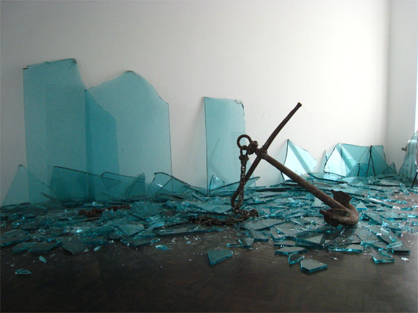 Installation view of Porto at Meessen De Clercq 2009 - Claudio Parmiggiani