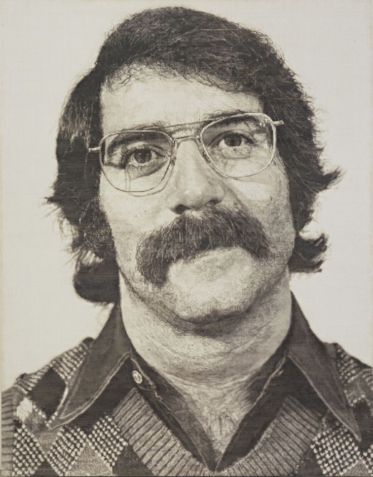 chuck close -robert1973-sintetic Robert104,072  Chuck Close  Synthetic polymer paint and ink with graphite on gessoed canvas, 1973